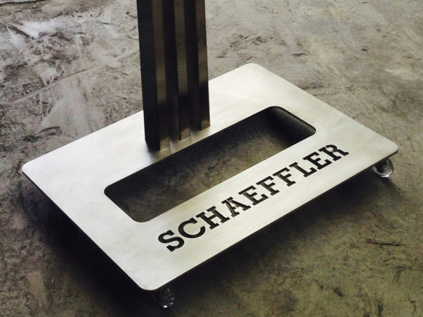 Schaeffler – Mueble TV Corporativo