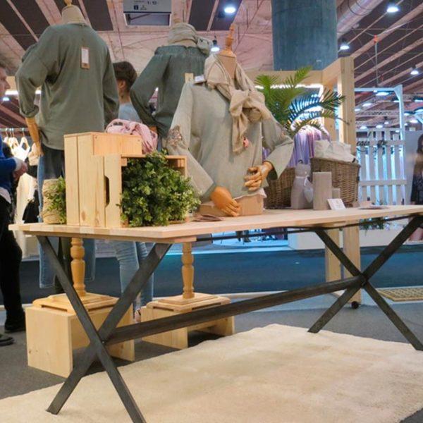 Diseño y fabricación de expositores para espacios comerciales
